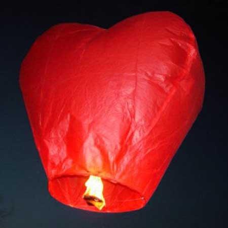 Китайский летающий фонарик Горящее сердце